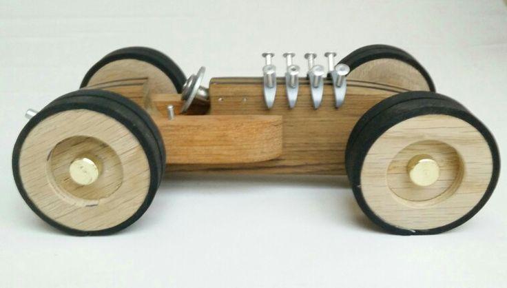 Classic woodracer