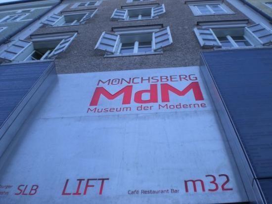 Salzburg: Museum der Moderne Monchsberg (Museum of Modern Art)