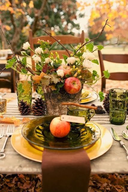 Mele e colori d'autunno in tavola: colori e atmosfere meravligliose...
