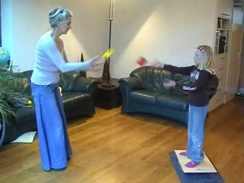 Bal-A-Vis-X® met kinderen - YouTube