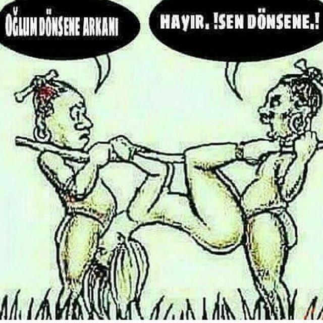Daha fazlası için arkadaşlarını etiketle ve bol yorum yap . . . #karikatür #mizah #argo #terbiyesiz #komedi #yatak #sikişş  #güldürü http://turkrazzi.com/ipost/1518156846661533949/?code=BURk5vGloD9