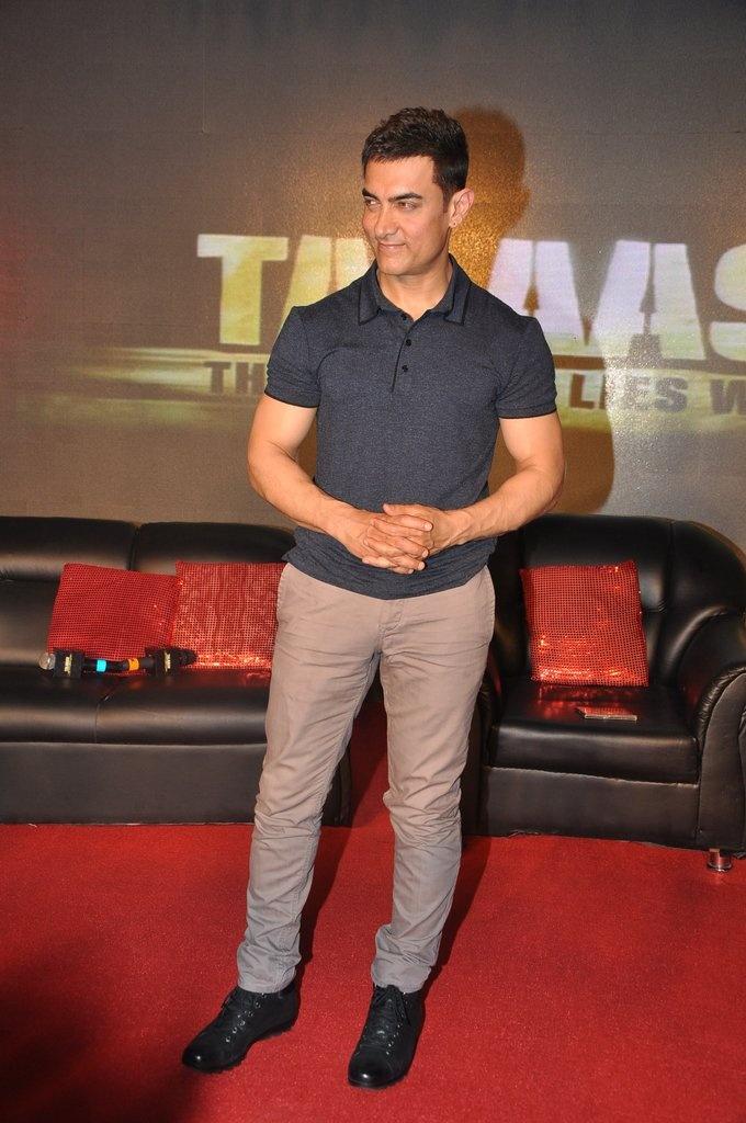 Aamir Khan promotes Talaash !