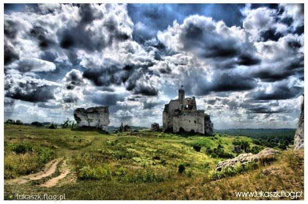 Ruiny zamku w Mirowie w HDR / Mirov Castle in #HDR technique #zamki
