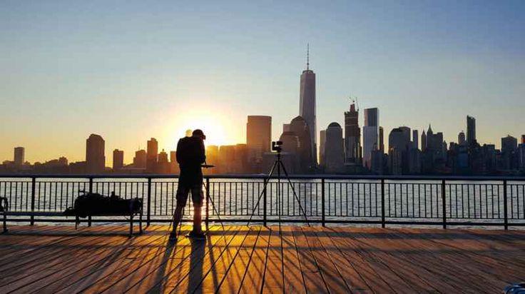 New york come non l'avete mai vista...in hyperlapse! ?A taste of New York? ? il bellissimo hyperlapse realizzato dalla societ? austriaca FilmSpektakel, non nuova a questo genere di video accelerati realizzati con migliaia e migliaia d?immagini.  In q #newyork #hyperlapse #video #fotografia