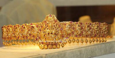 peacock design gold vaddanam