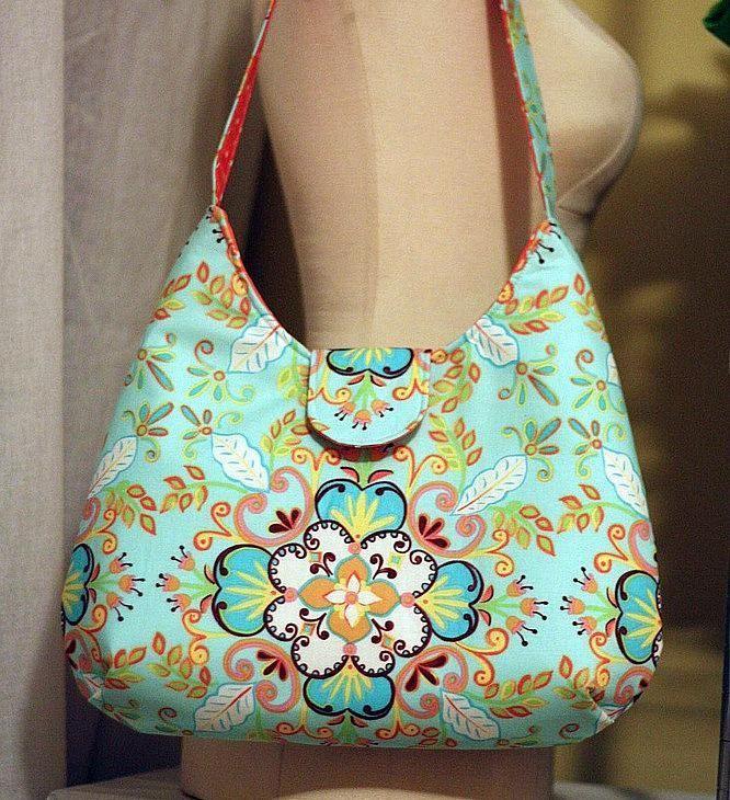 Phoebe Bag pattern on Craftsy.com - free download