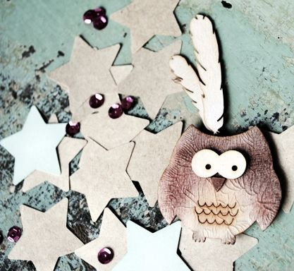 sweet little chipboard owl with wycinnaka's feathers