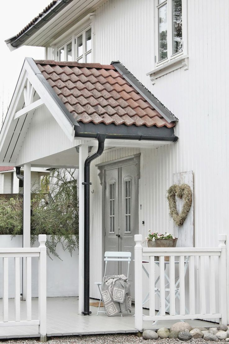 White Cottage ( by Vibeke Design )