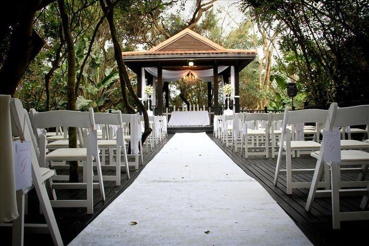 Elegant Zimbali Country Club wedding ceremony www.zimbali.com