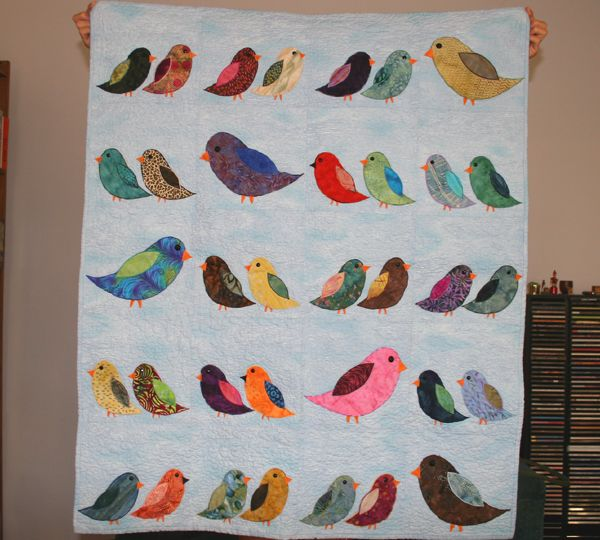 incredibly sweet bird quilt; this one was done for a baby shower #pinparty #birds #quilting