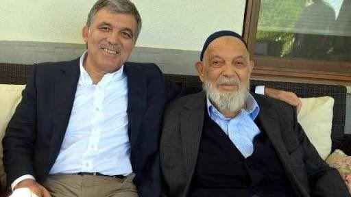 ستمر يعمل نجارا في ورشته الى وفاته وفاة أحمد غول..والد الرئيس التركي السابق عبد الله غول، عن ٩١ عاما.. رحمه الله ..