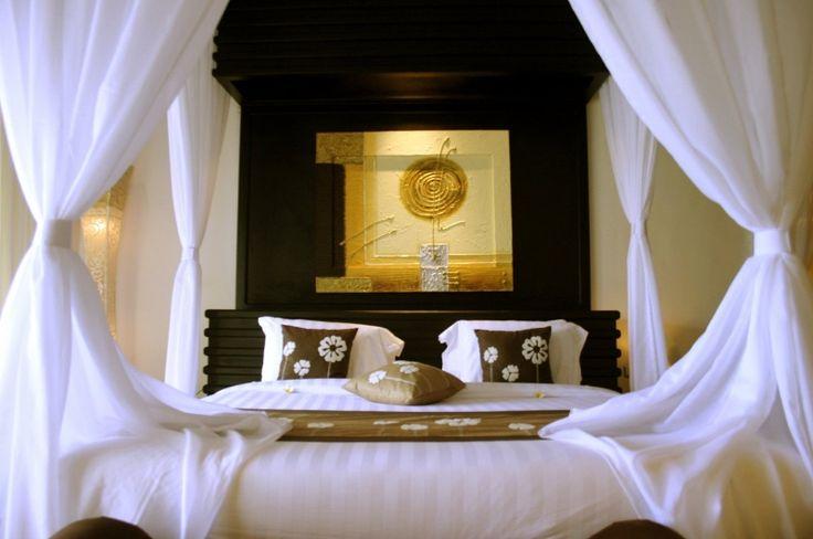 Best Romantic Bedroom Furnishings