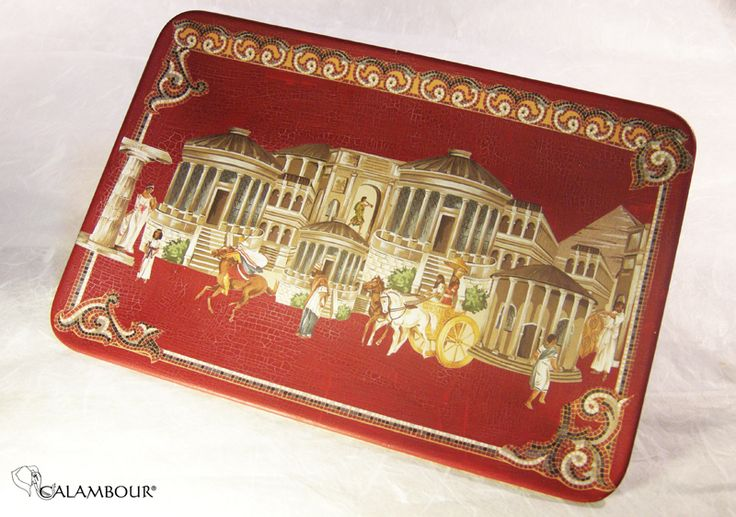 TIDY BOX - Ceramic plate decorated with Calambour paper for decoupage, finished with Water-based Cracking Varnish /// SVUOTA TASCHE -   Piatto di ceramica decorato con la carta per il decoupage di Calambour, finitura con fondo screpolante all'acqua http://www.calambour.it/en/our-papers/paper-for-classic-decoupage/ens.html#!Ens_002 http://www.calambour.it/en/products/auxiliaries-for-decoupage.html#!BAS2_CAL