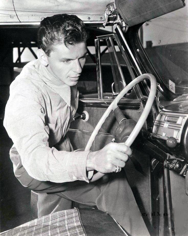 Sinatra takes the wheel late 1940s