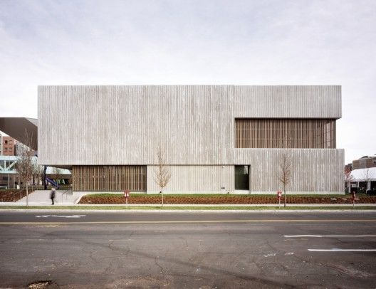 Beautiful use of concrete in the Clyfford Still Museum / Allied Works Architecture