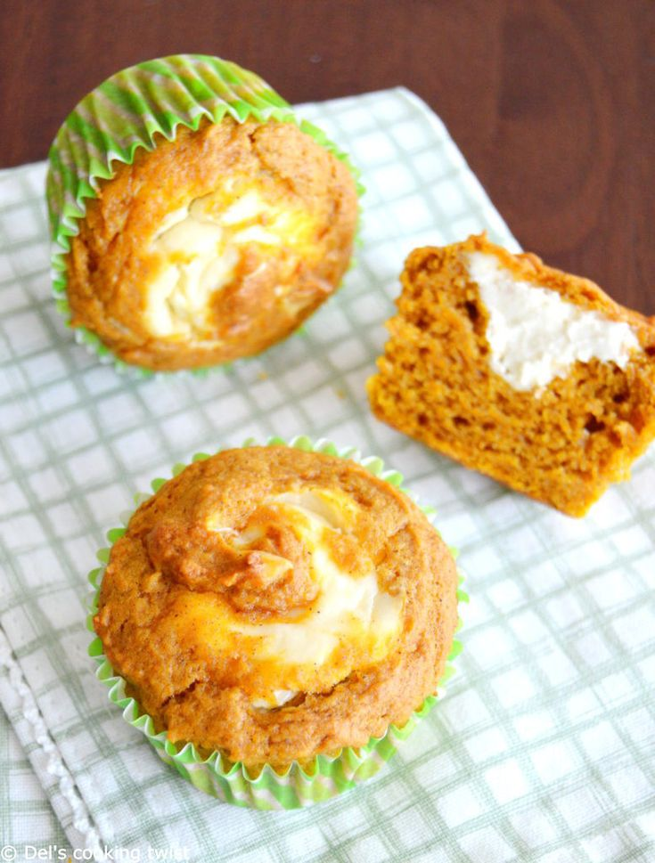 Pumpkin cheesecake muffin