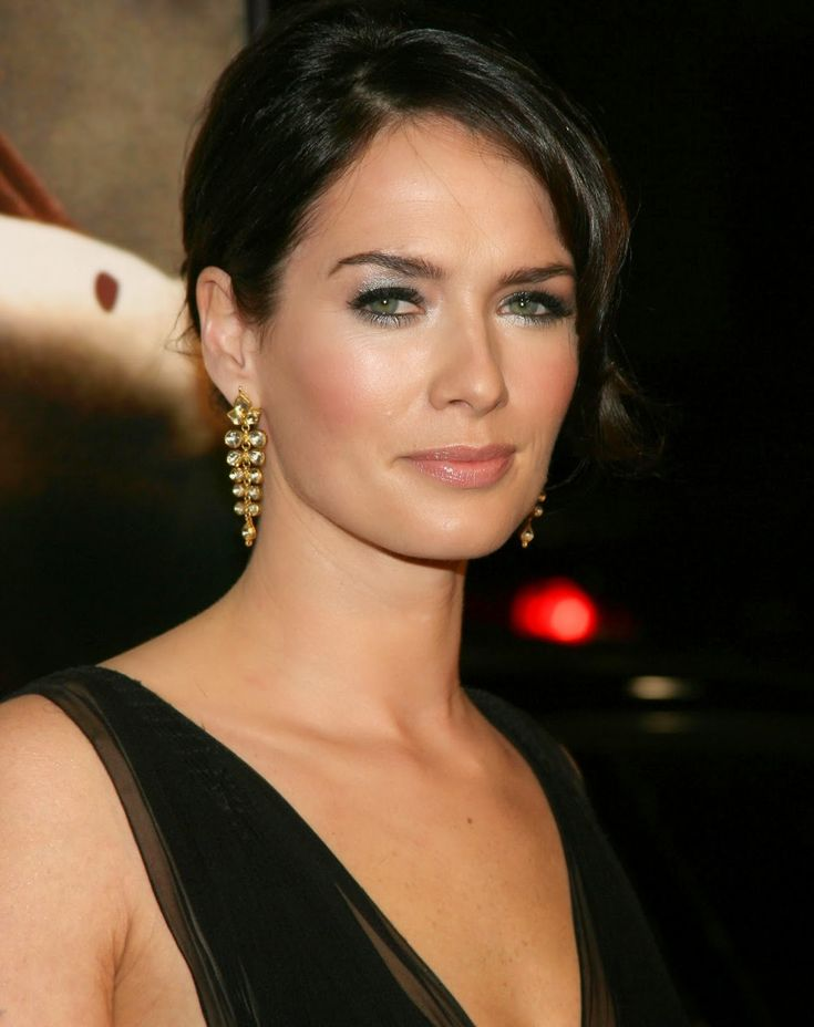lena headey actress lena headey is an english actress when she was 17 ... Lena Headey #LenaHeadey #gameofthrones #whitewalkersnet #whitewalkers