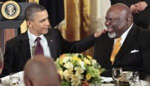 President Barack Obama talks with Bishop T.D. Jakes