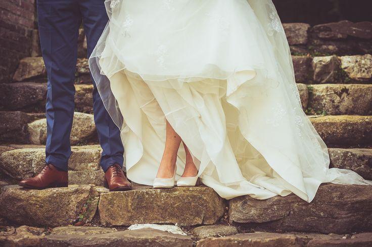 Wedding shoes of the bride and groom on their wedding day / Trouwschoenen van het bruidspaar op hun trouwdag.  Made by me / Gemaakt door mij: www.fotozee.nl Ik ben graag jullie trouwfotograaf! photography trouwfoto's trouwfotografie bruidsfotografie