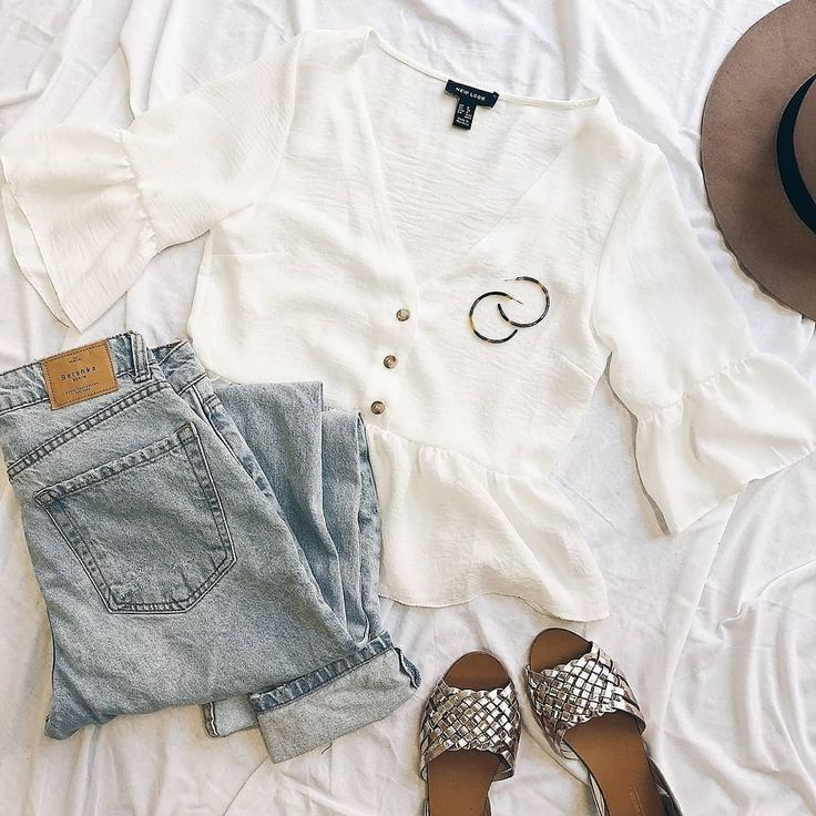 Moderne Resin-Creolen – #ootd #outfitinspiration #outfitideas #chic #trendig