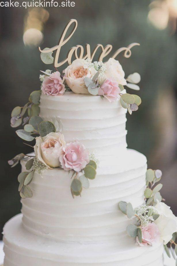 Hochzeitstorte in weiß mit rosa  Blumen, Rosen, Cake Topper Love, Tortenfigur, … – Torte hochzeit