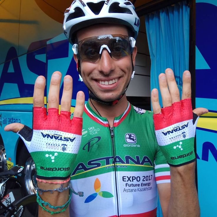 """1,108 mentions J'aime, 3 commentaires - Astana Pro Team Official (@proteamastana) sur Instagram: """"New @giordanacycling gloves for Italian Champion @fabioaru1 in the beginning of second week of…"""""""