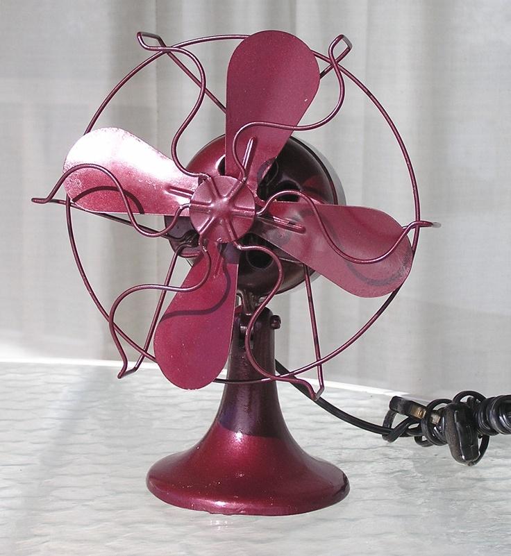Vintage Small Electric Fan by jayceecarmeljewelry