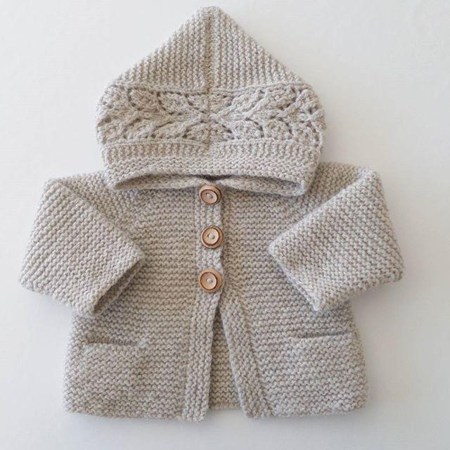 Stinne (@stinne_northernchild) | • A l v a s  H o o d i e •  It's all in the detail..... #mydesign #hjemmestrik #strikkemamma #babystrik #babystrikk #barnestrikk #knittersofinstagram #knitting_inspiration #blackhillhøjlandsuld #garnudsalg #havregrød #i_loveknitting #knitted_inspiration #knitinspo123 #alvashoodie #northernchild_knits #suckerforsøndag #strikkemor | Intagme - The Best Instagram Widget