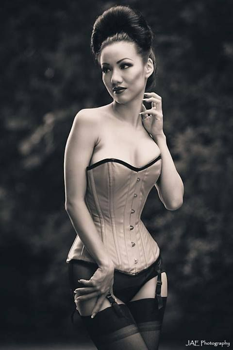 Model: Jade Vixen Photo: Jae Photography