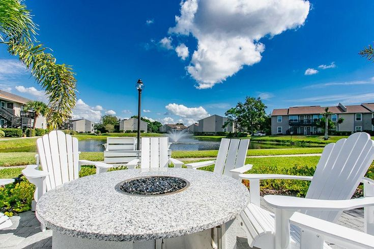 St Petersburg Fl Apartment Rentals Trellis At The Lakes