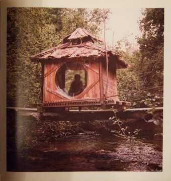 'From Handmade Houses, a dream meditation room https://www.pinterest.com/denswetunneled/the-house-shelters-day-dreaming/