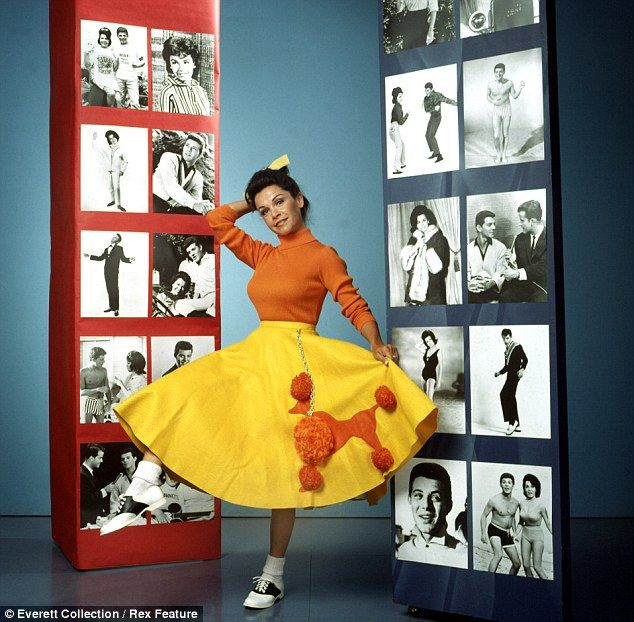 I Am DEVASTATED She Was My Role Model Britney Spears Tweets Tribute To Fellow Mouseketeer Annette Funicello Who Dies At The Age Of 70