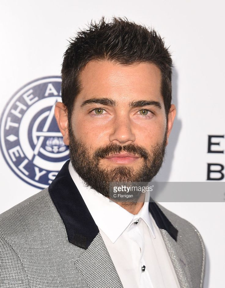 Jesse Metcalfe arrives at The Art of Elysium presents Stevie Wonder's HEAVEN - Celebrating the 10th Anniversary at Red Studios on January 7, 2017 in Los Angeles, California.