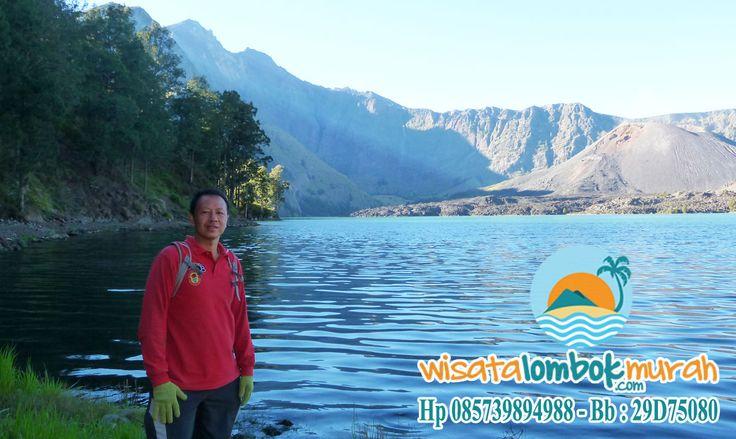 Jangan Ngaku Travellers Sejati Kalau Belum Menaklukan Gunung Rinjani Lombok!    Guys, mungkin yang kalian ketahui lombok hanya kaya akan pantai nya yang indah saja. Penasaran kan dengan pesona yang ditawarkan oleh wisata dilombok. Ayo guys nunggu apa lagi untuk pergi kesana?  http://wisatalombokmurah.com/wisata-gunung-rinjani-lombok/