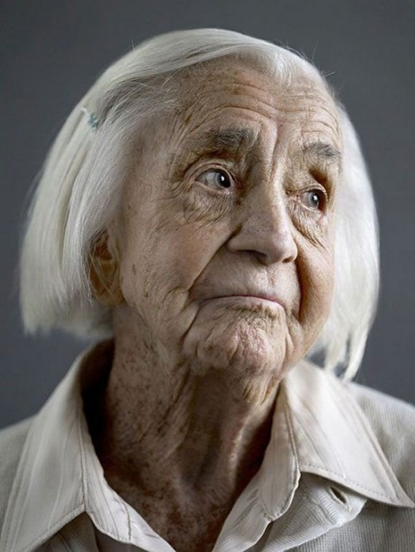 Happy At One Hundred: Portraits of Centenarians, by photographer Karsten Thormaehlen  visualnews.com