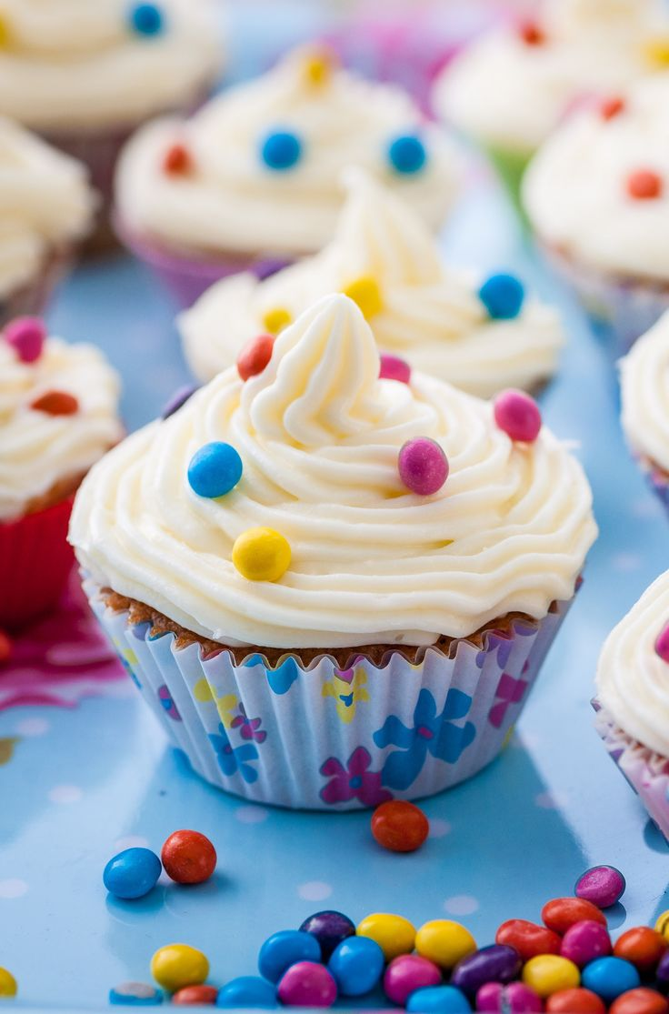 Cupcakes are loved by kids and adults alike, and Alyn Williams' recipe has a delicious mix of spices that will appeal to everyone. With mixed spice, cinnamon, nutmeg, five-spice and citrus zest, these little cakes really do pack a punch!