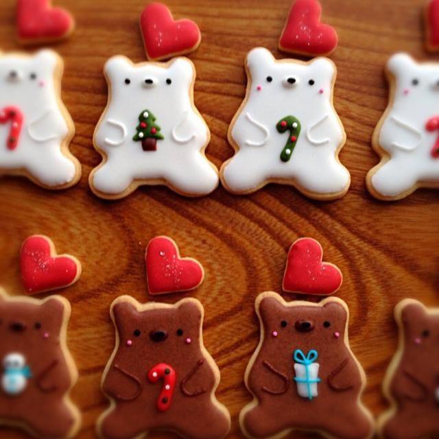 いつものくまさんは、クリスマスな感じにしました(*^_^*) - 108件のもぐもぐ - くま♡アイシングクッキー by soramina