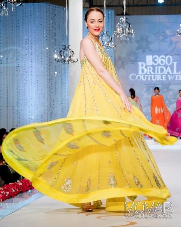 Bridal Couture Week Mehndi Dresses : Mehndi dresses at bridal couture week style