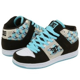 DC Shoes in baby blue. Nice!