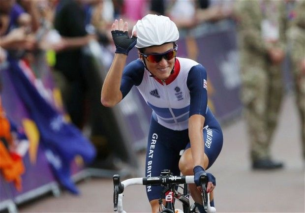 Lizzie Armitstead claims Great Britain's first medal with silver in women's road race