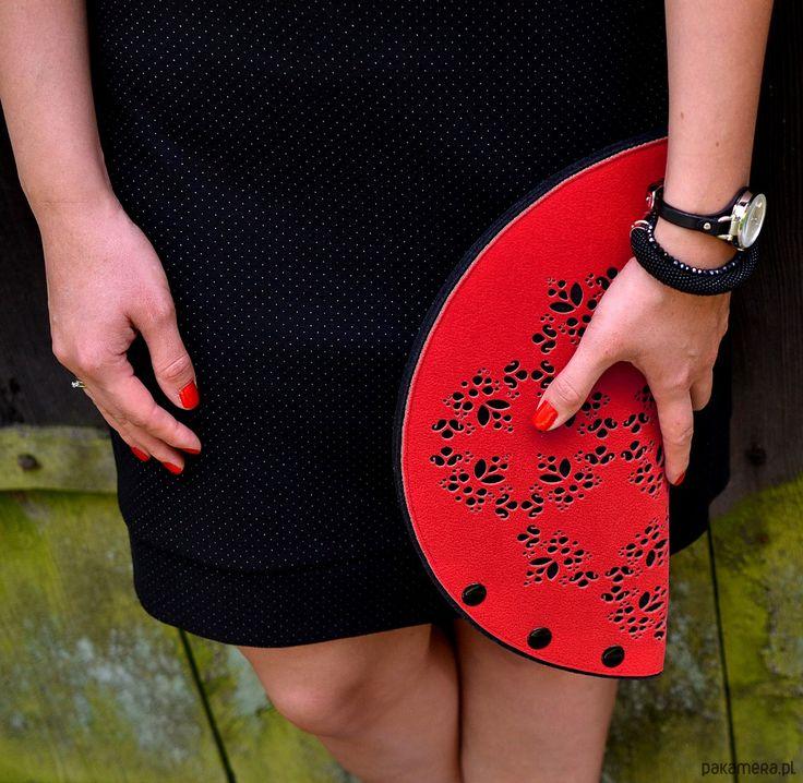 kopertówki-czerwona torebka-kopertówka KashubianCradle