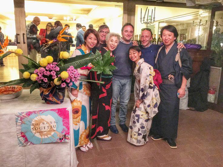 Con gli artisti del Japan Festival e Fujima Yūshirō, maestro di ikebana, tipica composizione di fiori giapponese