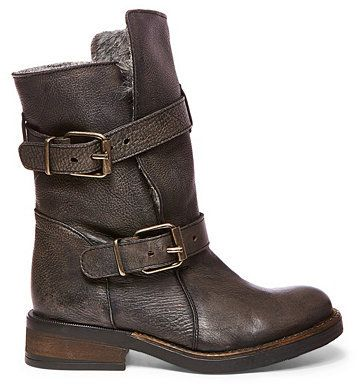 in LOVE with these Steve Madden moto boots