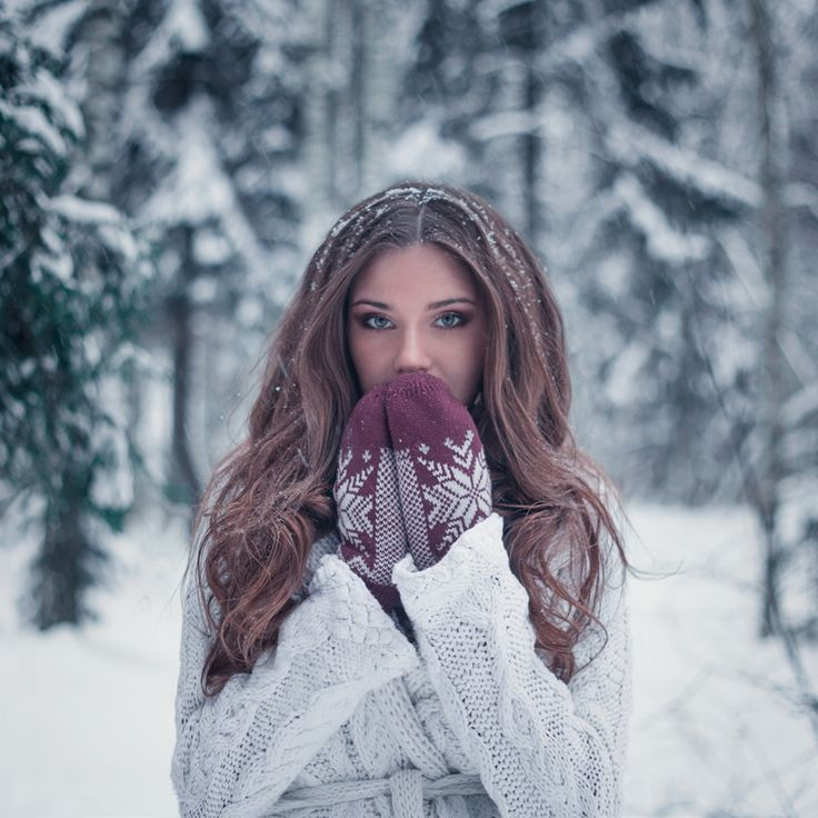 Winter shoot inspiration for upcoming projects with Adágio Images | www.adagio-images.com | www.facebook.com/adagioimages | # SNOW #winter shoot #winterportraits | Kate by Nadia Kozireva