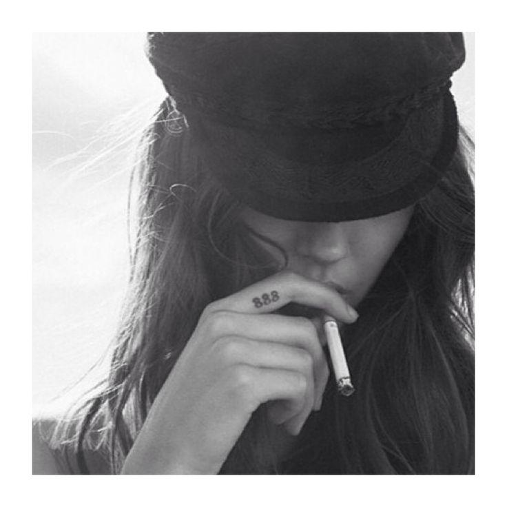 Dream babe. #model #smoke #smoking #hot #girl #love #hat #inspiration #fashion #editorial