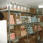 10 SHTF Food Storage Tips and the Strength of Community
