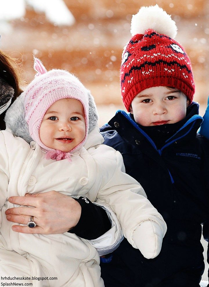 Duchess Kate: Adorable Photos Released of the Cambridges' Ski Holiday - Prince  George & Princess Charlotte -