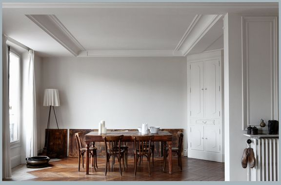 .: Dining Rooms, Paris Apartment, Floors, Chairs, Paul Raesid, Interiors Design, Woods, Dining Tables, White Wall