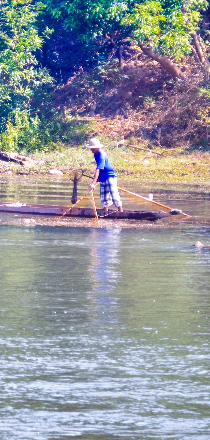 Lone fisherman on the river in Hsipaw #hsipaw #myanmar #burma