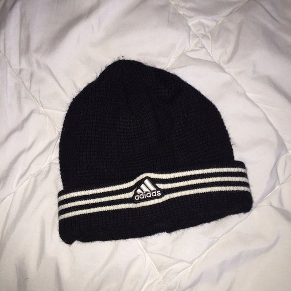 ADIDAS BEANIE Adidas beanie, previously worn. I do NOT TRADE & I do not discuss lowering prices through comments. Feel free to make a reasonable offer on the product  Adidas Accessories Hats